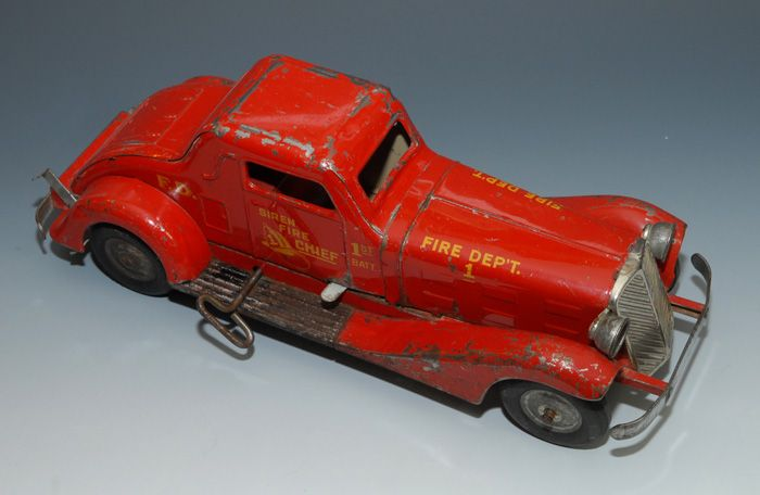 Marx Siren Fire Chief Windup Car